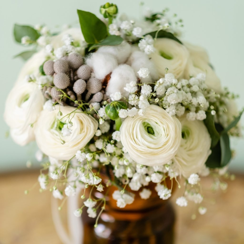 BOUQUET ROND MARIEE HIVER